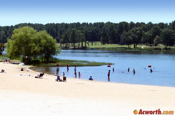 Lake Acworth Beach At Cauble Park